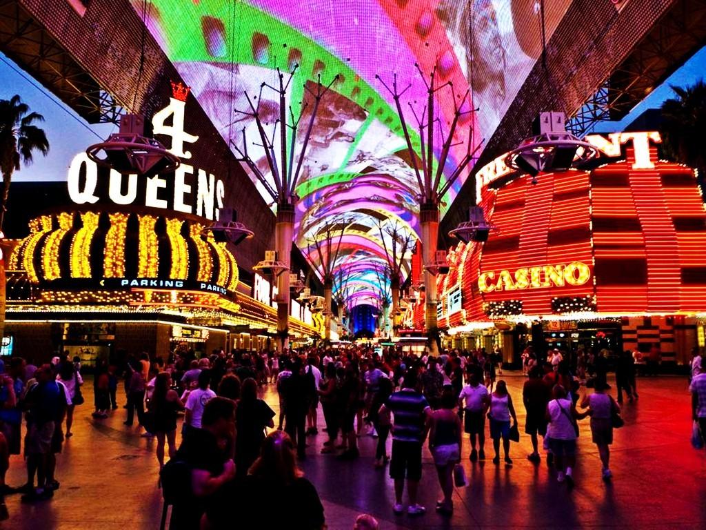 Aladdin hotel casino vegas